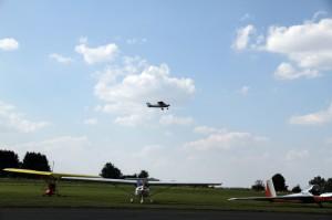 Condor startuje k soutěžnímu letu.